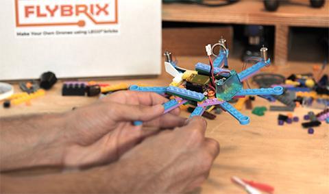 drones con piezas de lego